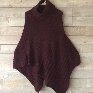 Modena long cable knit poncho